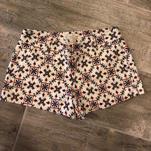 Lu my Brand floral/pattern short. Cream/navy